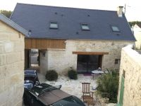 Maison-Courmelles-Parking-a